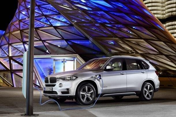 2016-BMW-X5-xDrive40e-610x406