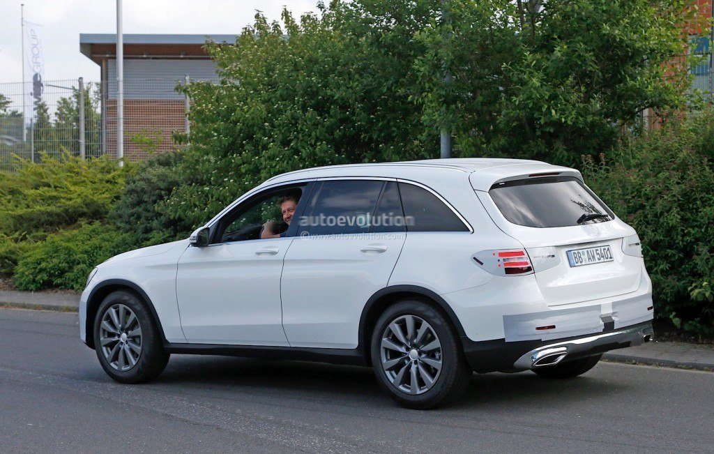 2016-mercedes-benz-glc-spied-completely-exposed-official-debut-is-tomorrow-photo-gallery_7