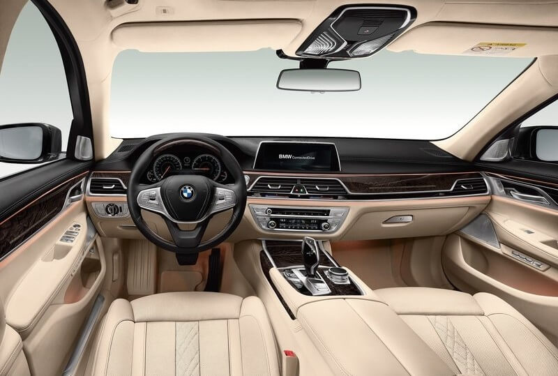 BMW-7-Series_2016_800x600_wallpaper_38