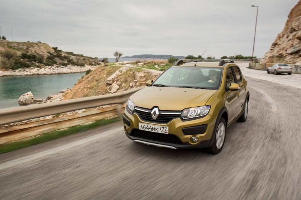renault-launches-logan-and-sandero-automatic-versions-in-russia-what-about-dacia_5