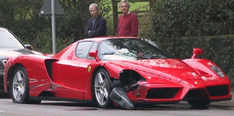 Ferrari Enzo lovit